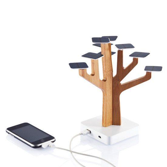 Árbol solar - Carga tu teléfono ecológicamente