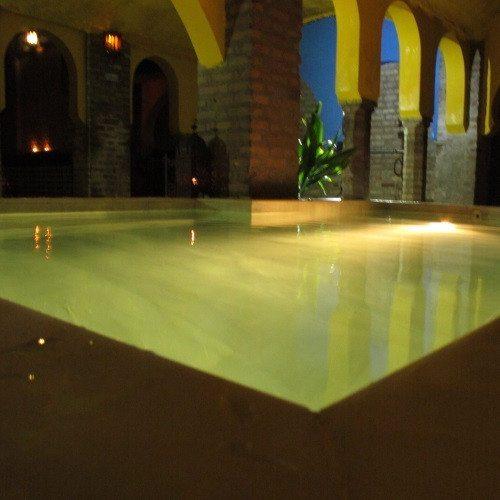 """Baño árabe y Masaje especial """"piernas cansadas"""" - Granada"""