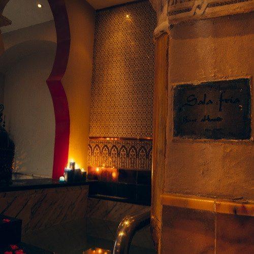 Baños Árabes y masaje de Piedras Calientes - Badajoz