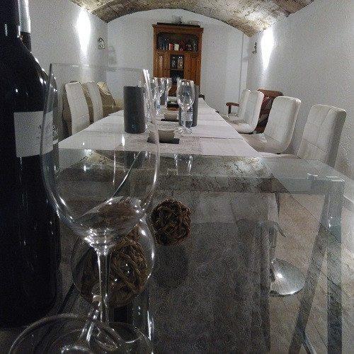 Cata de Tinto maridada con chocolate en pareja - Toledo
