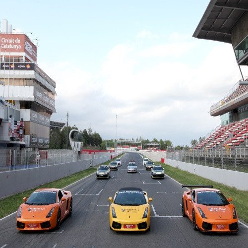 Circuito Gran Premio con Lamborghini + Ruta por Carretera + Acompañante - Barcelona