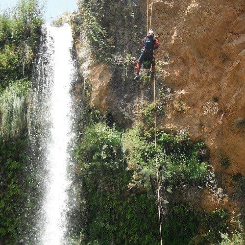 Espeleología en cueva con descenso de rápel - Castellón