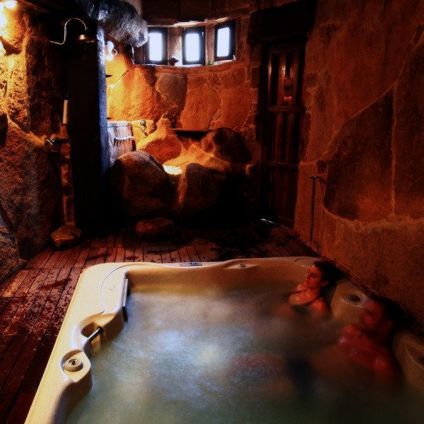 Fin de semana Rural con acceso a Cueva Termal - Salamanca
