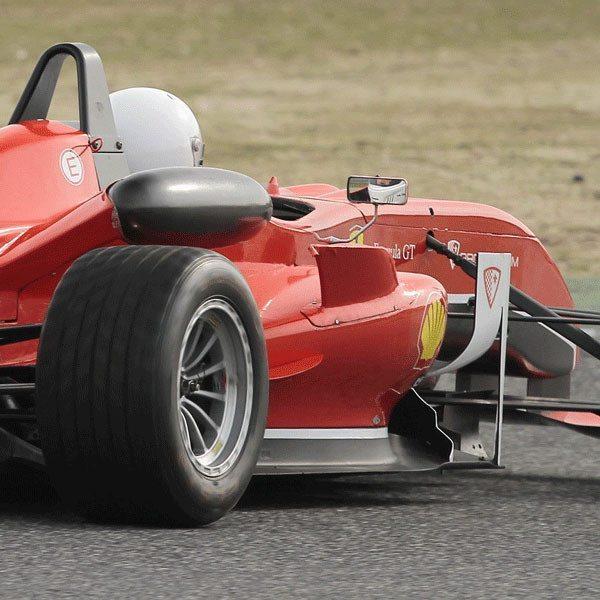 Fórmula 3 réplica Ferrari en Cheste - Valencia
