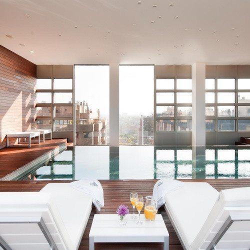 Hotel*****, Rolls Royce, cena de lujo y Spa - Zaragoza