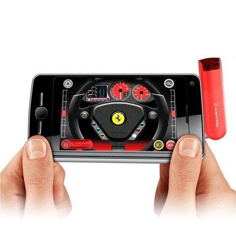 iPhone mit App für ferngesteuerten Ferrari