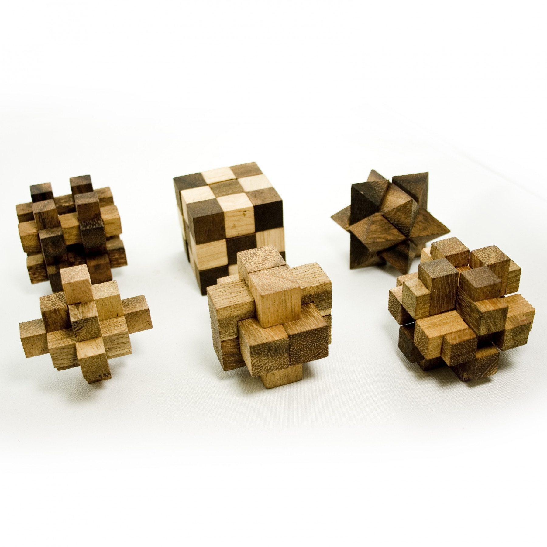 IQ Master Knobelspiele Set in edler Holzbox - 6 Spiele