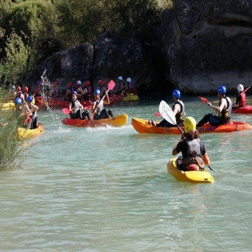 Kayak en Lago ruta guiada - Huesca