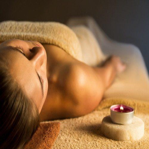 Masaje Relajante con Aceites Esenciales - Valencia
