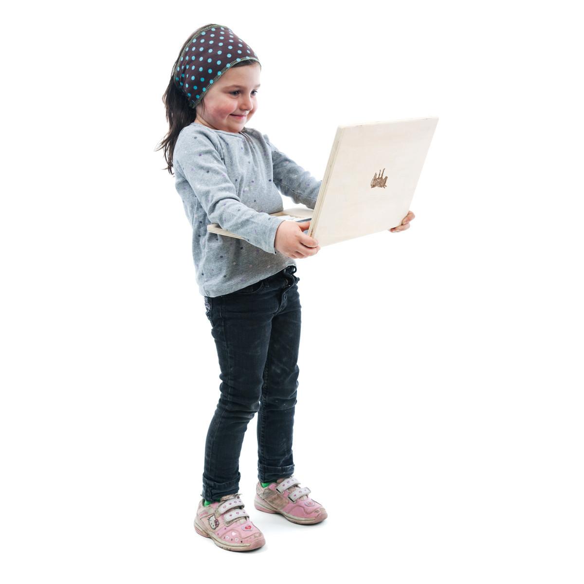 """""""Mein erster Laptop"""" – Holzspielzeug"""