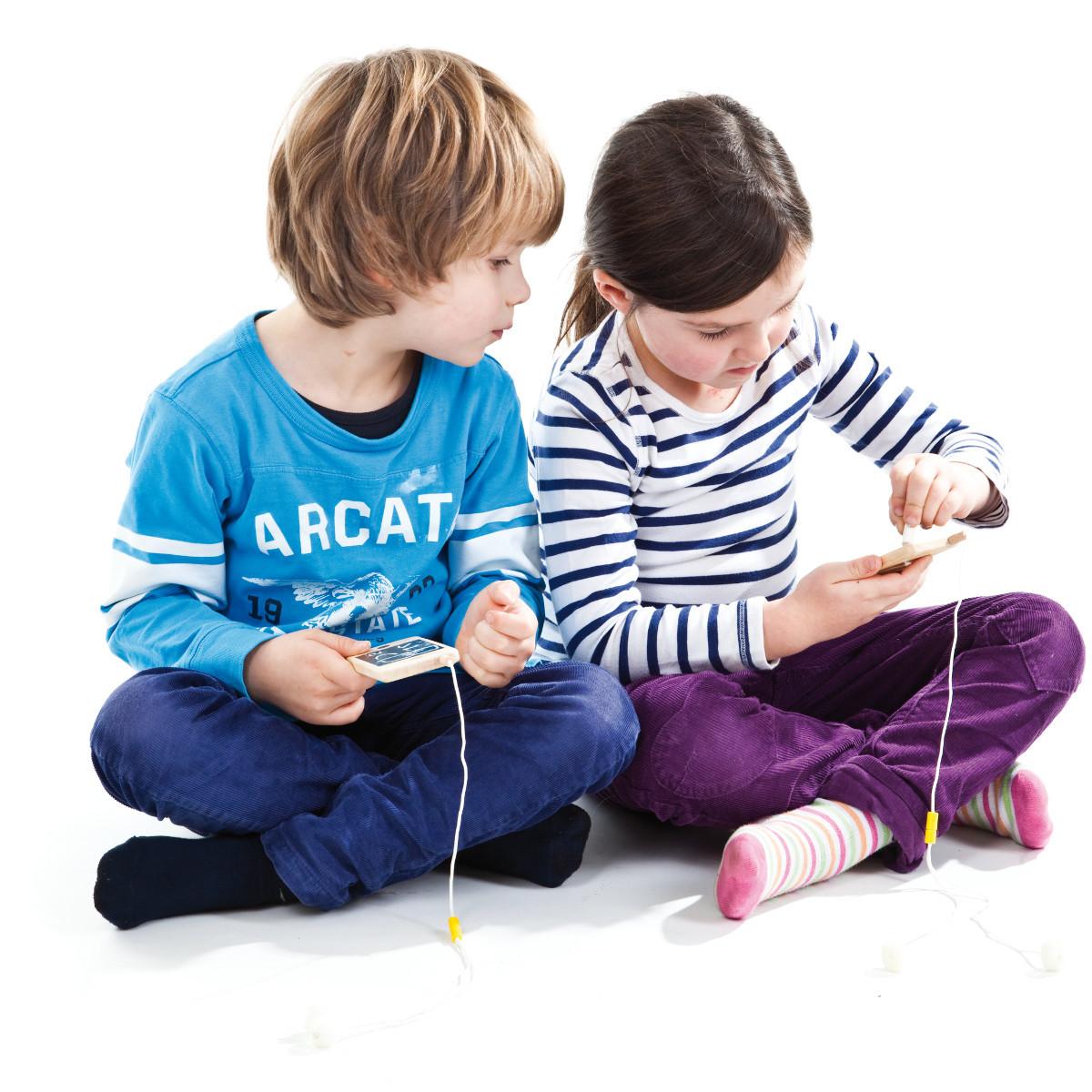 """""""Mein erstes Smartphone"""" - Holzhandy"""
