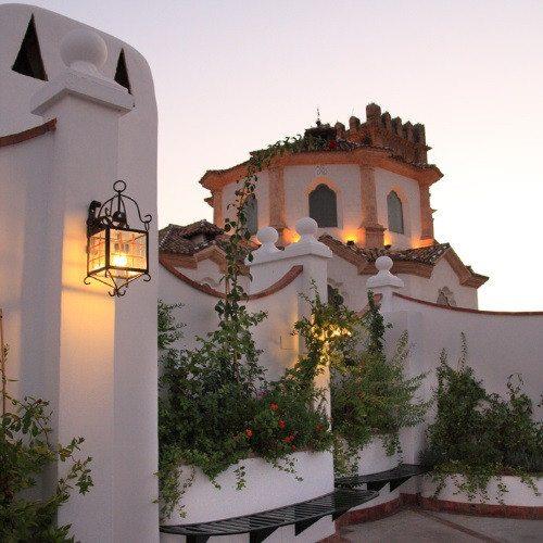 Noche con baños árabes, visita a Almedinilla y cena - Córdoba
