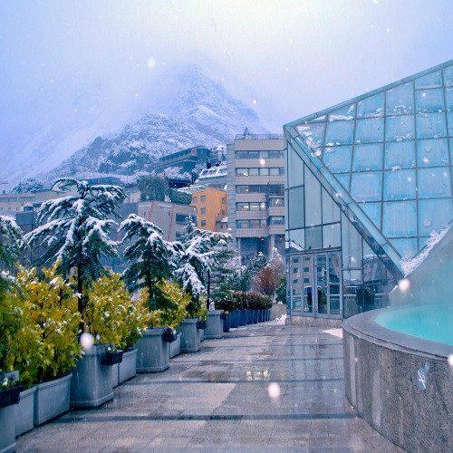 Noche en Hotel 3*, Caldea nocturno y cena especial - Andorra