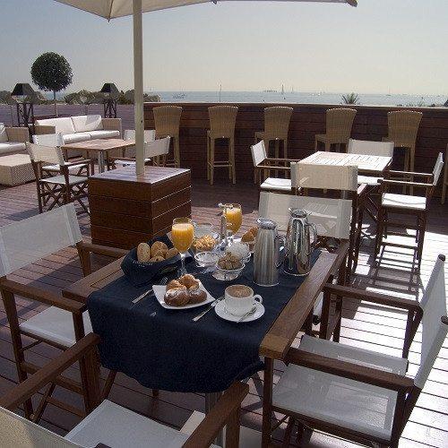 Noche en Hotel 4* en Habitación Deluxe, Spa y Tratamiento - Barcelona