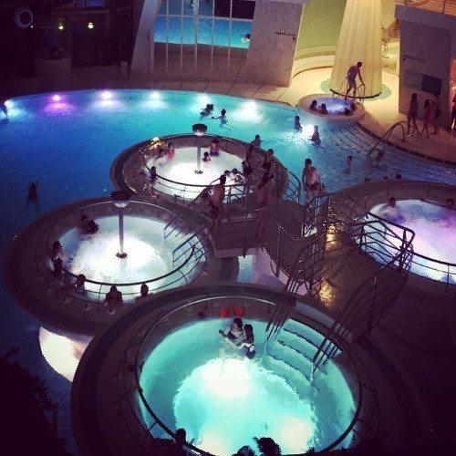 Noche en Hotel****, Caldea noche y Cena especial - Andorra