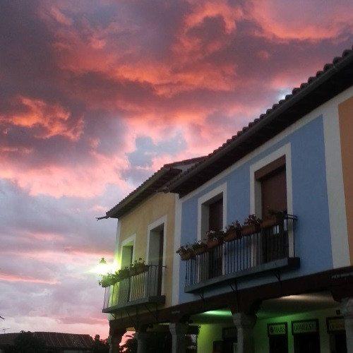 Noche Romántica con Jacuzzi - Madrid