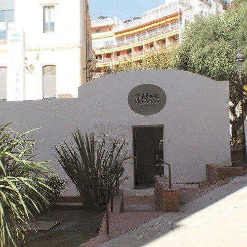 Piscina termal, jacuzzi y vaporarium - Barcelona