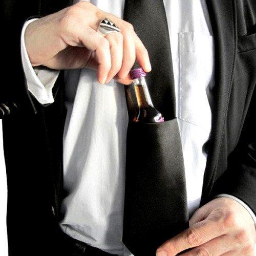 Schnaps-Krawatte