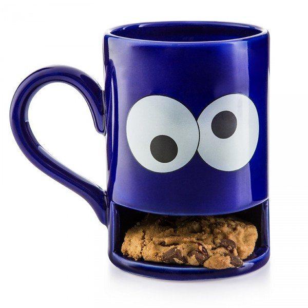 Taza monstruosa come galletas