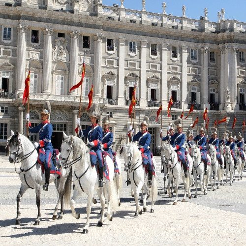 Visita al Palacio Real y Tapeo - Madrid