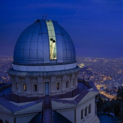 Visita Nocturna al Observatorio de Fabra con copa de cava - Barcelona