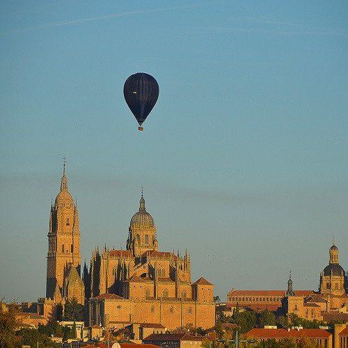 Vuelo en globo con almuerzo y cava - Salamanca