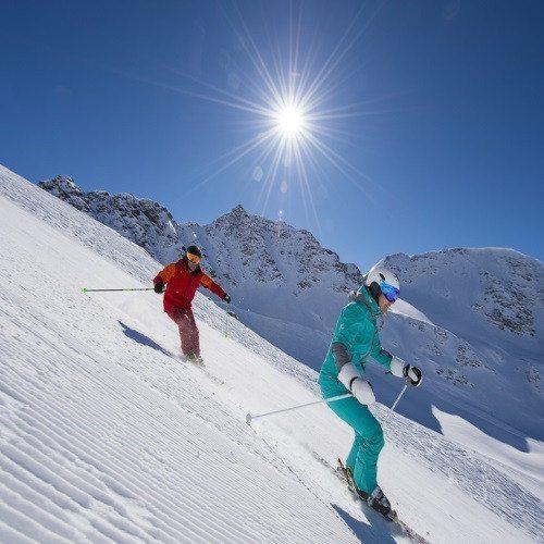 Aventura Ski en pareja: clases privadas y equipo - Granada