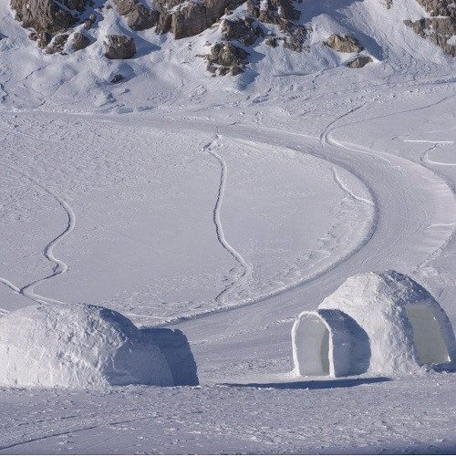 Construcción de Iglús en Andorra