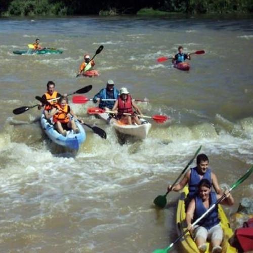 Descenso en Kayak por aguas bravas para grupo - Tarragona