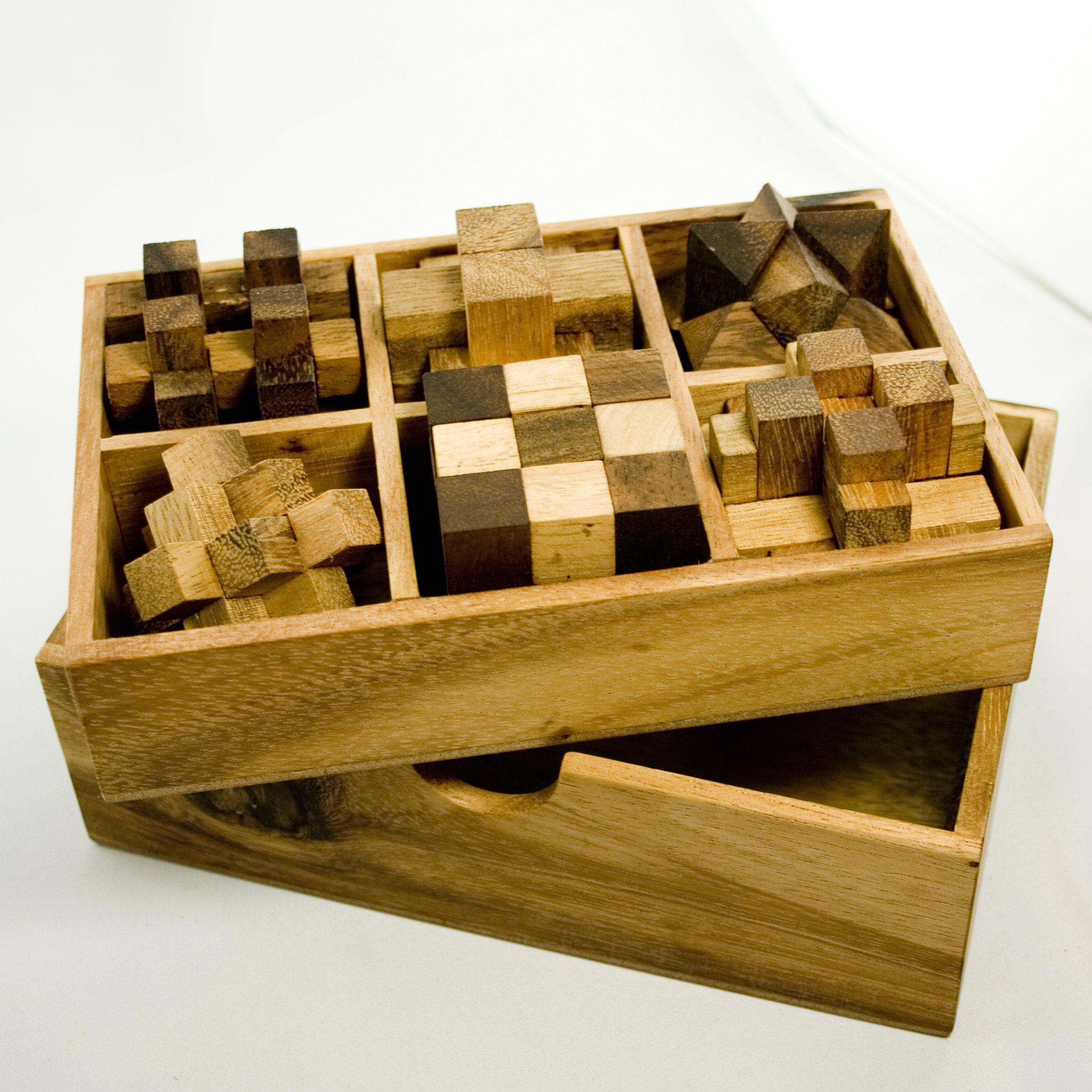 IQ Master Knobelspiele Set in edler Holzbox - Nahansicht