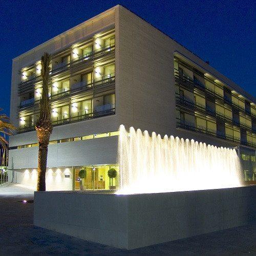 Noche en Hotel**** con Circuito de Spa - Barcelona