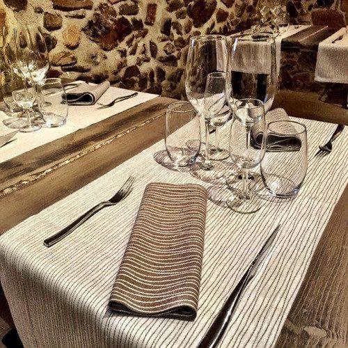 Noche Relax: jacuzzi, cena especial y masaje - Gerona