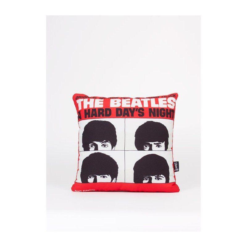 Cojines con carátulas de míticos discos de The Beatles
