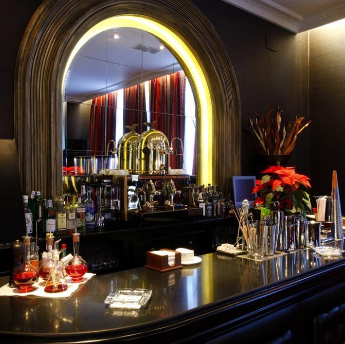 Noche Romántica en Hotel 5* con Coktails - Oviedo