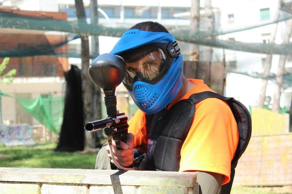 Juego de puntería con pistola de paintball - Tarragona