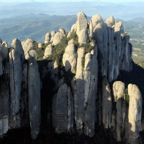 Vuelo sobre la Montaña de Montserrat - Barcelona