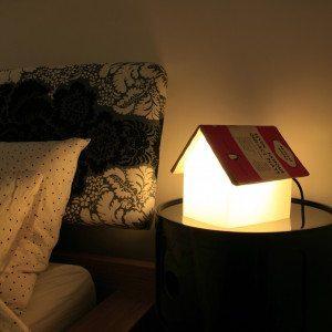 Buchstützen Tischlampe