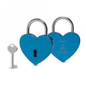 Candado azul forma corazón con grabado - Para los más amorosos