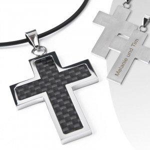 Colgante de cruz grabado - una joya única