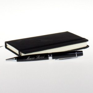 Elegante bolígrafo de diseño con grabado