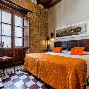 Escapada Romántica en Suite y botella de champagne - Granada