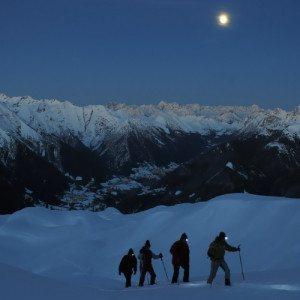 Excursión con Raquetas de Nieve a la Luz de la Luna Llena - Gerona