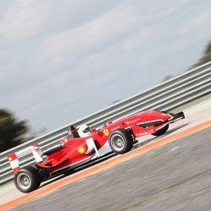 Fórmula 3 réplica Ferrari en el Jarama - Madrid