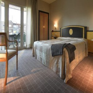 Hotel**** spa, masaje y cava - Granada