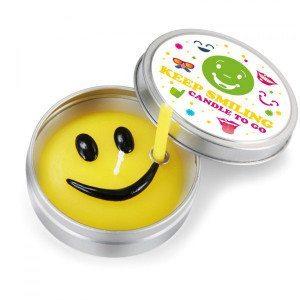 Vela - Keep smiling y continúa sonriendo