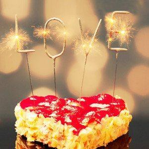 """Mini luces de bengala para tartas - Mensaje """"LOVE"""""""