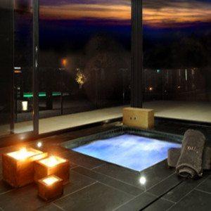 Noche de Hotel, spa privado, masajes y cena - Barcelona