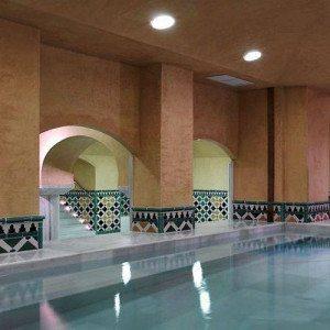 Noche en Hotel**** con baños árabes y té - Granada