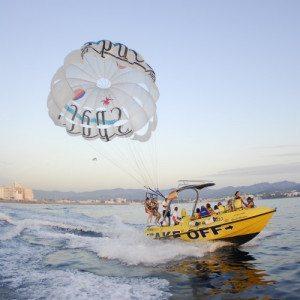 Parasaling Boat - Ibiza