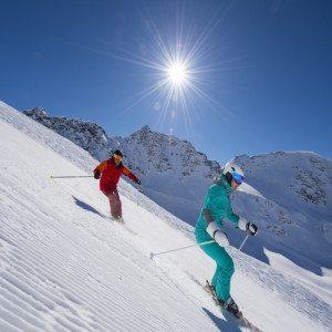 Parejas en la nieve: Clase privada de Ski - Granada